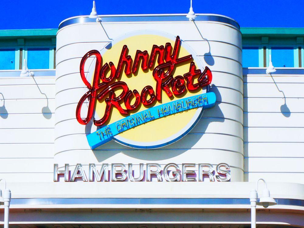Johnny Rockets Restaurant at Knott's Berry Farm | #JohnnyRockets #KnottsBerryFarm