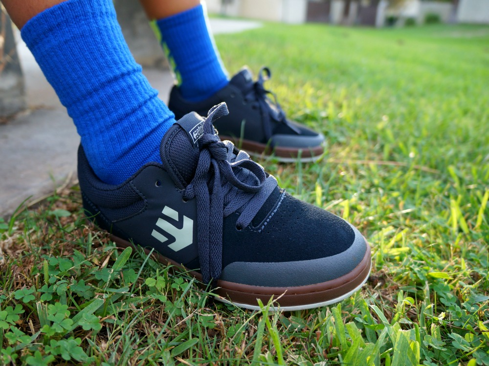 etnies kids shoes