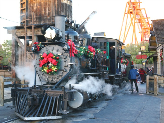 Engine 41 at Knott's