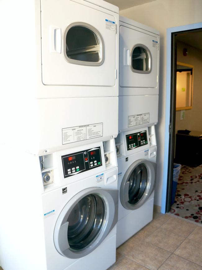 Laundry room at Holiday Inn