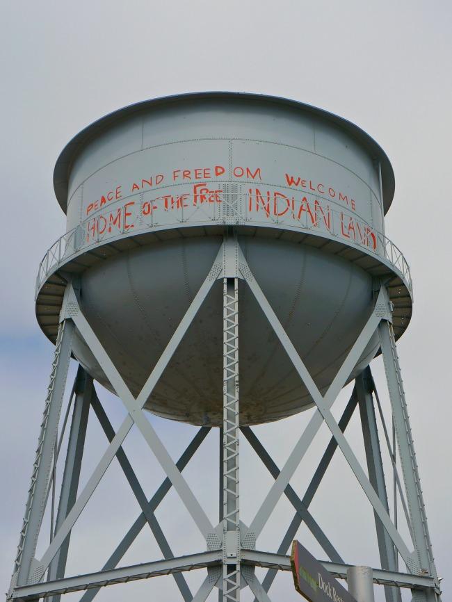 Alcatraz water tower // livingmividaloca.com