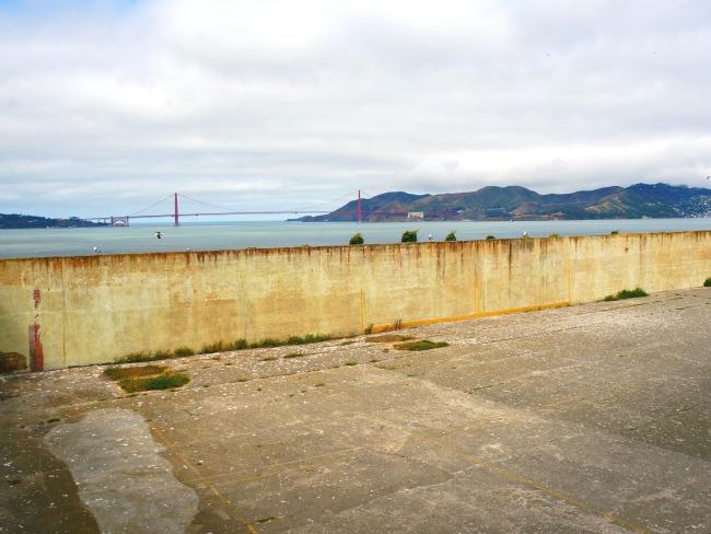 Yard at Alcatraz Island // livingmividaloca.com