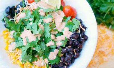 Dressing for burrito bowl salad // livingmividaloca.com