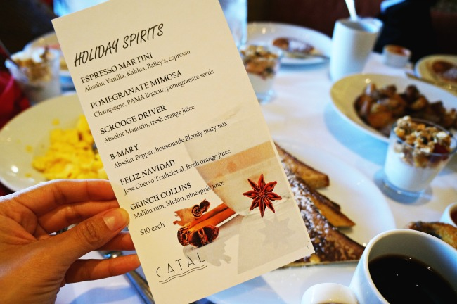 Cocktail menu | LivingMiVidaLoca.com | #livingmividaloca #breakfastwithsanta #christmastraditions #downtowndisney