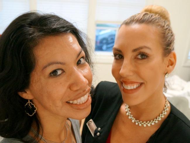 Cosmeticare HydraFacial specialist // LivingMiVidaLoca.com