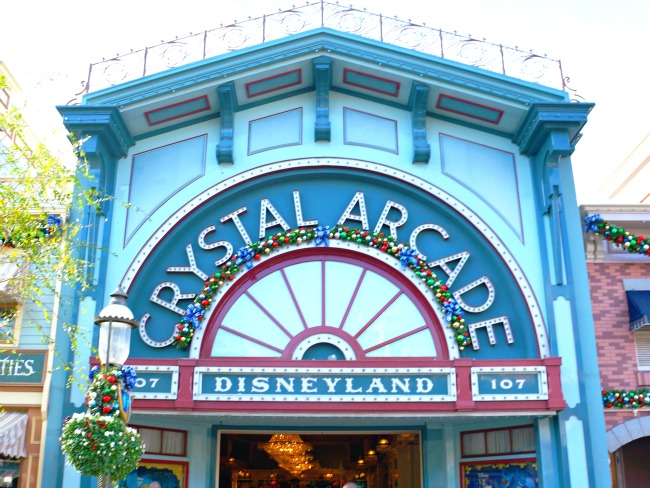 Crystal Arcade at Disneyland during Christmas Time // LivingMiVidaLoca.com