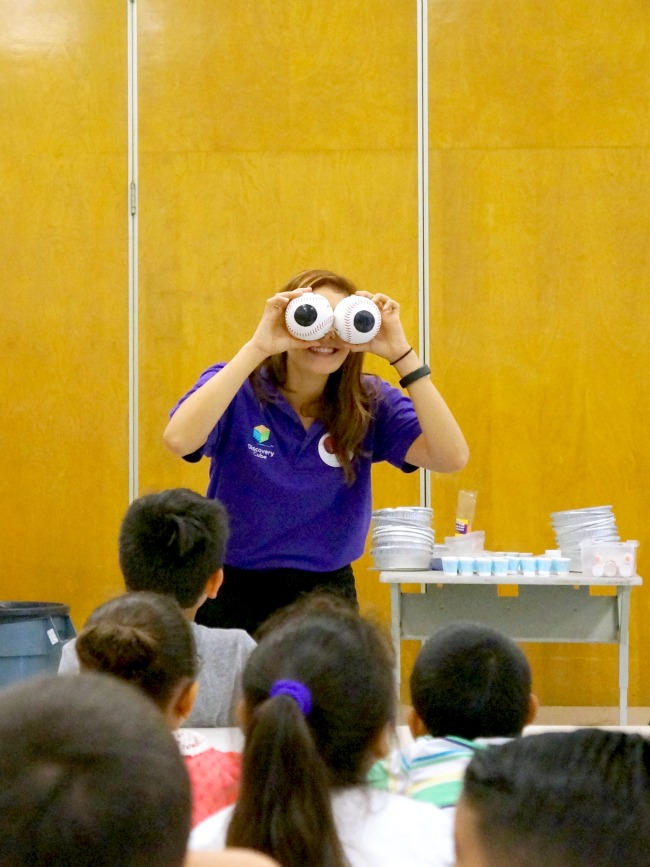 Discovery Cube owl educational class // livingmividaloca.com