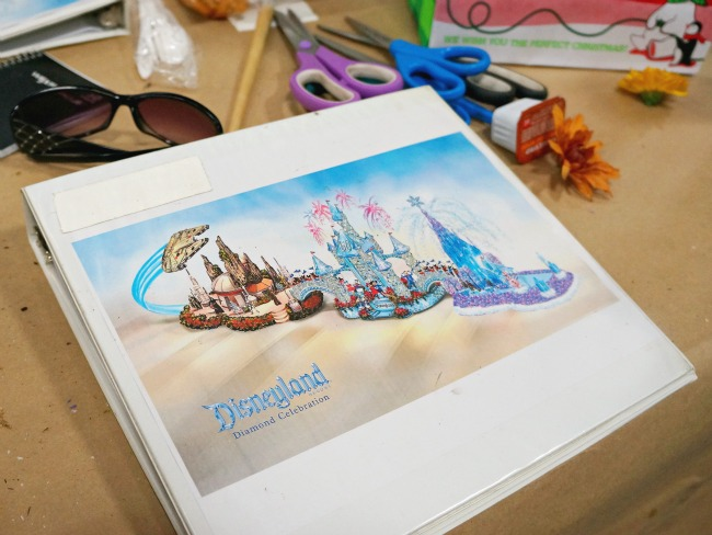 Disneyland Diamond Celebration float plans // livingmividaloca.com