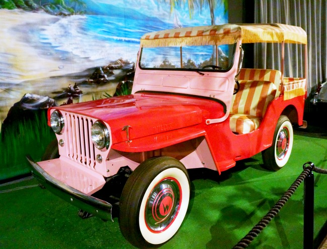 "pink Jeep from ""Blue Hawaii"""