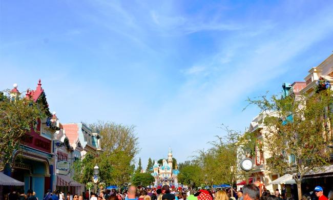 Sleeping Beauty's Castel at Disneyland // LivingMiVidaLoca.com