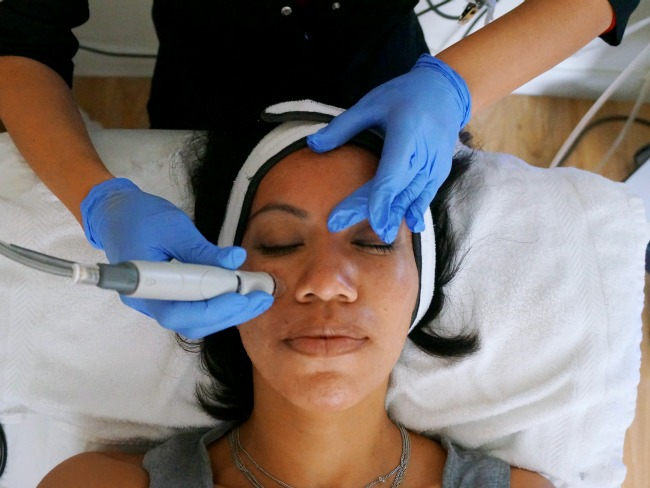 HydraFacial Vortex-Extraction // LivingMiVidaLoca.com