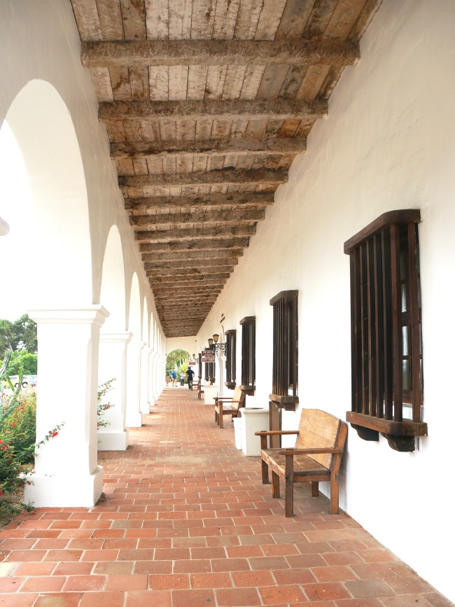 Today only 12 of the original arches remain and what was once the convento now houses the Museum and a Gift Shop.