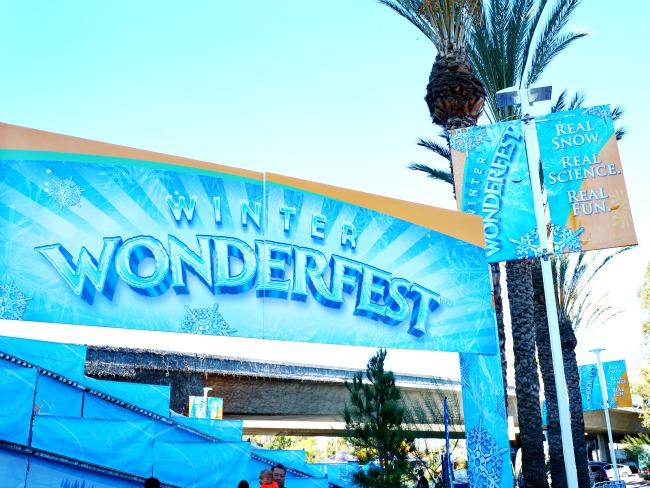 Winter Wonderfest Discovery Cube 2015 // LivingMiVidaloca.com