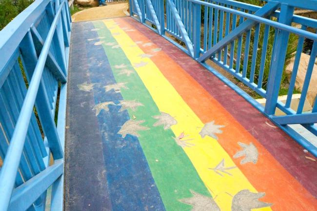 Rainbow bridget at Tomol play area // LivingMiVidaLoca.com
