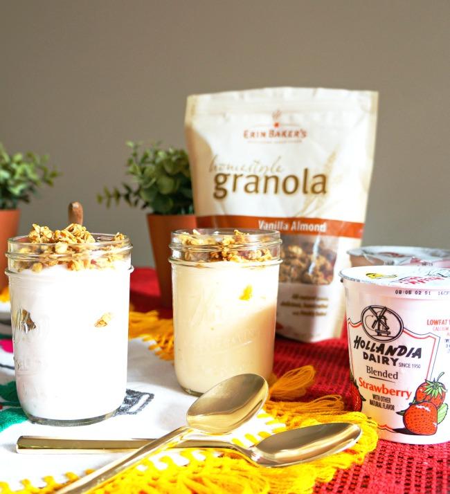 yogurt parfait with granola