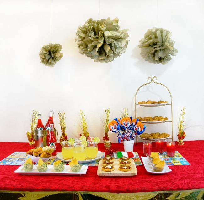 fiesta de epoca de oro // awards viewing party // livingmividaloca.com