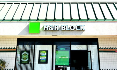 Switch to H&R block and pay half campaign // H&R Block // LivingMiVidaLoca.com