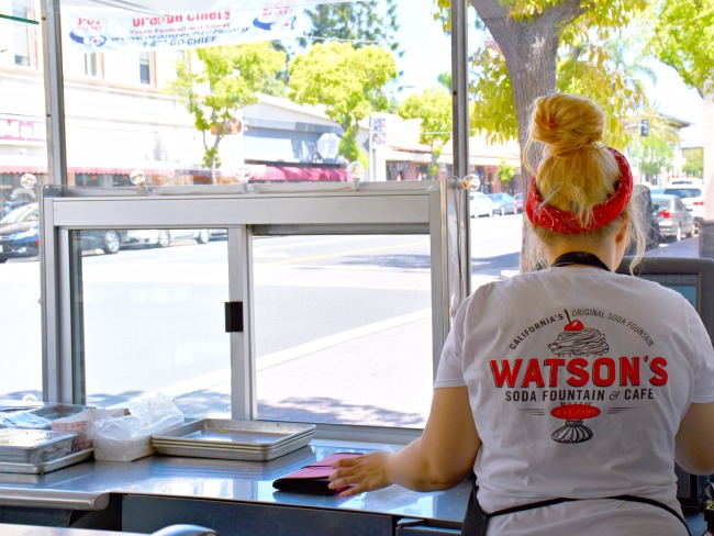 Watson's is California original soda fountain // Afternoon dates with my preschooler // LivingMiVidaLoca.com