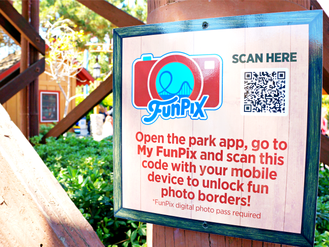 How to use FunPix app // FunPix at Knott's Berry Farm // LivingMiVidaLoca.com