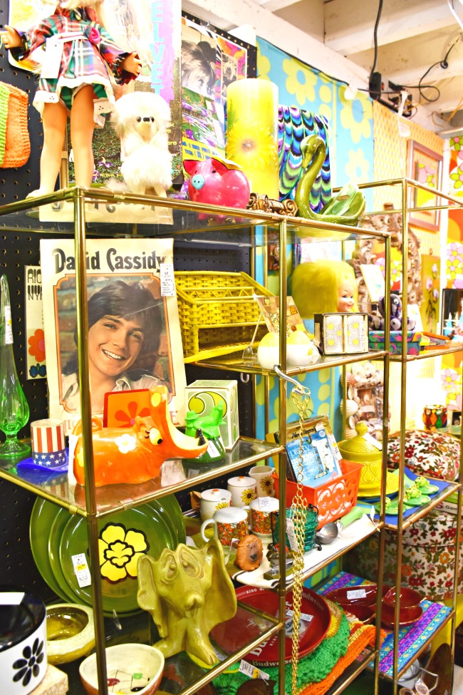 Thrift store shopping // Afternoon dates with my preschooler // LivingMiVidaLoca.com