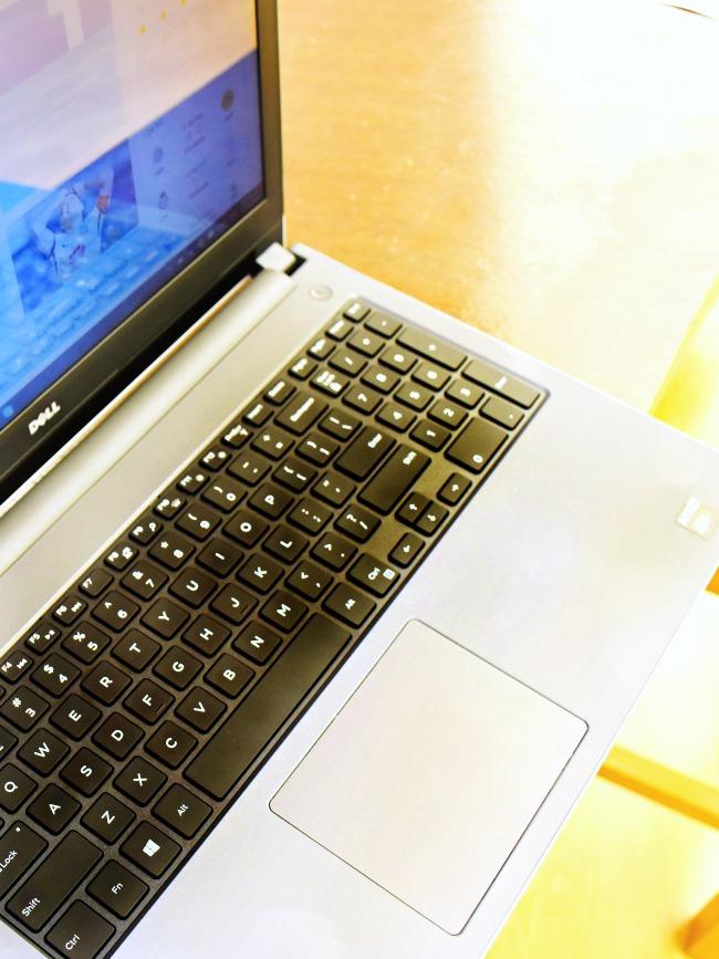 Dell Inspiron laptop 15 budget laptop : The Dell Inspiron 15 series is the Budget laptop you've been looking for : Living Mi Vida Loca