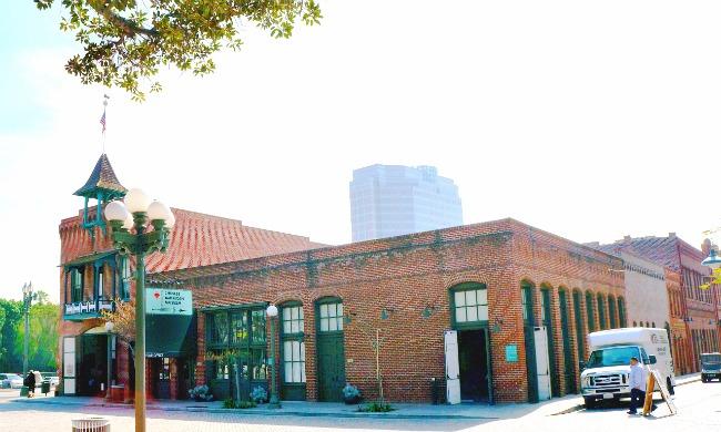 Firehouse and Chinese American Museum in Los Angeles - Placita Olvera day trip - Living Mi Vida Loca (photo credit: Pattie Cordova)