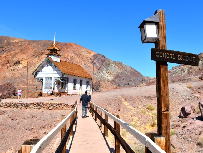 School bridge leading to the old Calico Ghost Town school house on the hill - Calico Ghost Town - Living Mi Vida Loca