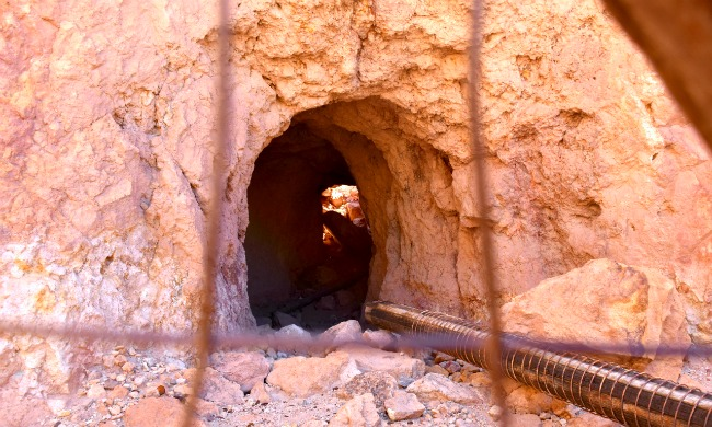 Silver mine tunnel at Calico Ghost Town - Calico Ghost Town - Living Mi Vida Loca
