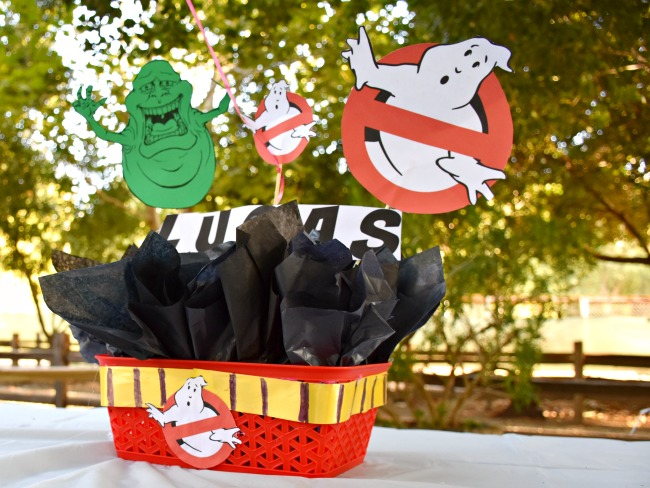 DIY-Ghostbusters-centerpiece-Ghostbuster-Party-LivingMiVidaLoca.com