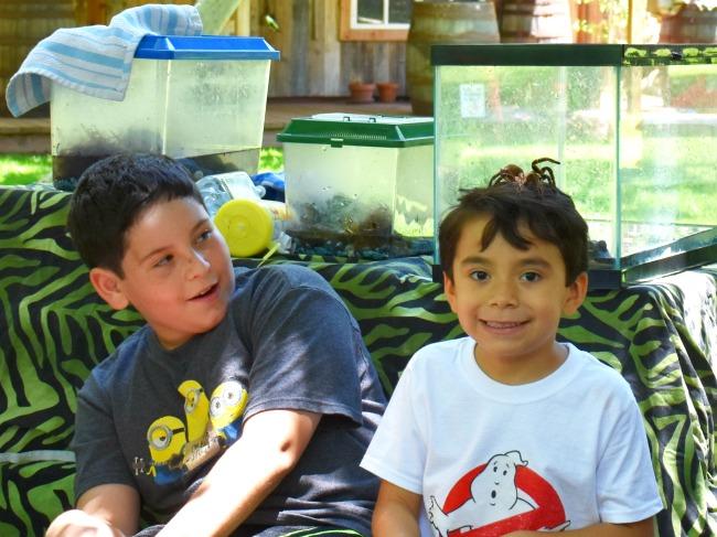 Tarantula on boys head - Ghostbuster birthday party - LivingMiVidaLoca.com - #LivingMiVidaLoca #birthdaypartyideas #Ghostbusters