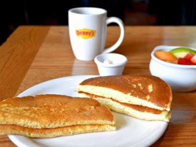 Before and after Denny's new pancakes - LivingMiVidaLoca.com