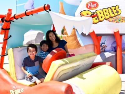 Flintmobile photo opportunity at Pebbles Play Tour