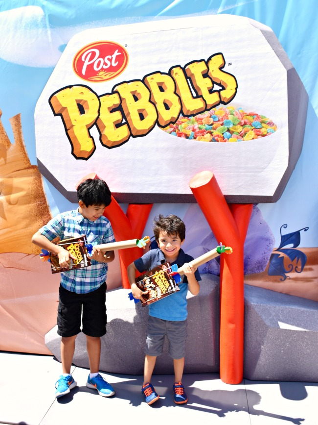 Kids playing at the Pebbles Play Tour