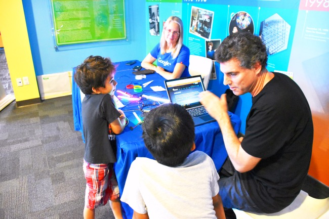 Kids talking to Google developers at Discovery Cube OC