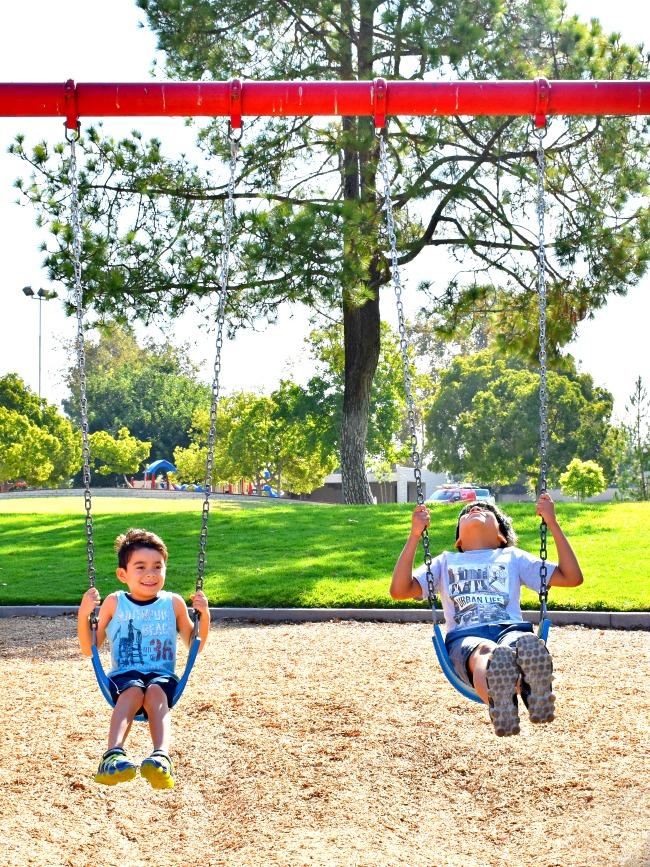 how to keep kids active - livingmividaloca.com