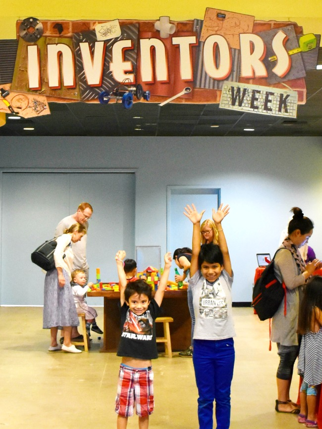Inventors week 2016 at Discovery Cube OC