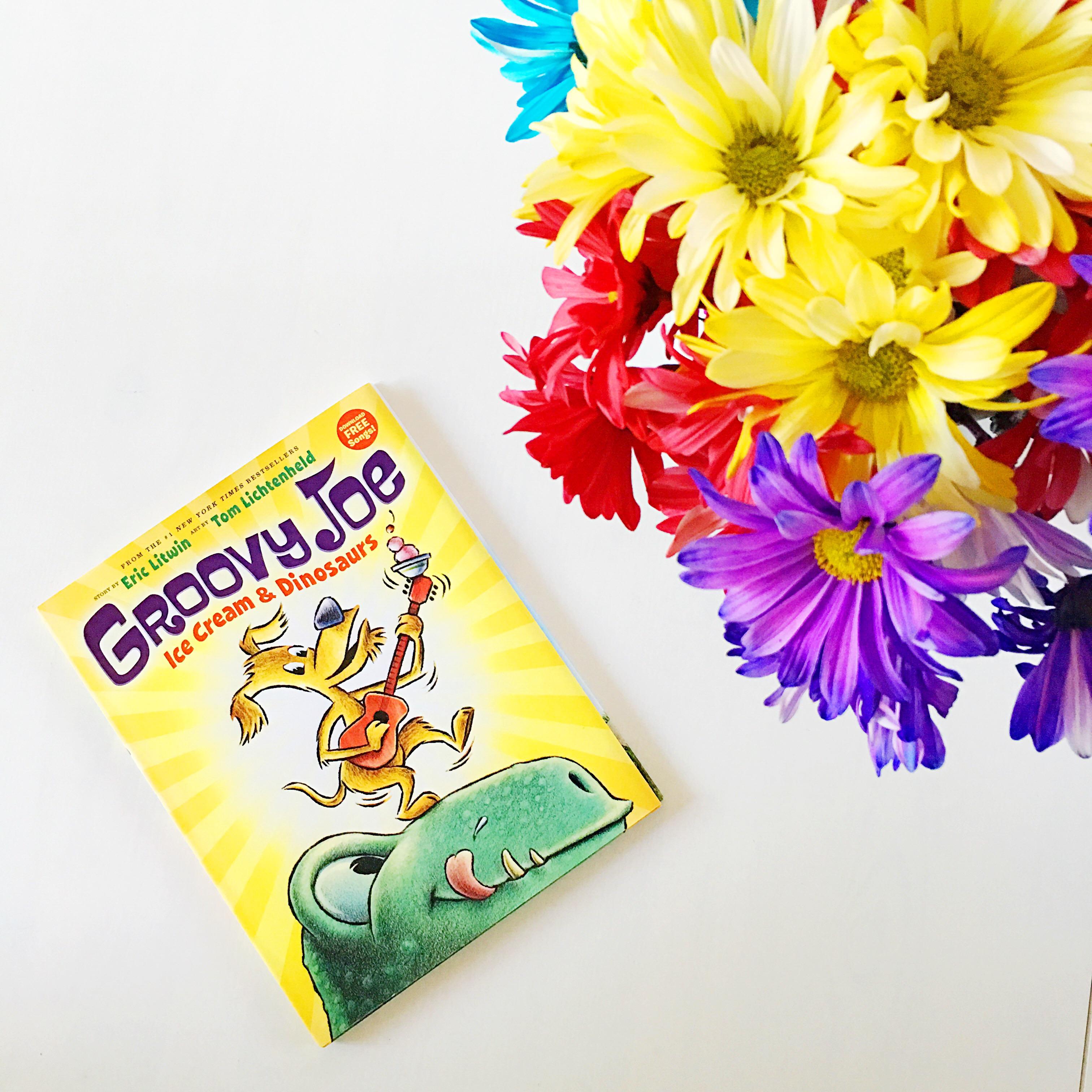 Groovy Joe: Ice Cream and Dinosaurs - LivingMiVidaloca.com
