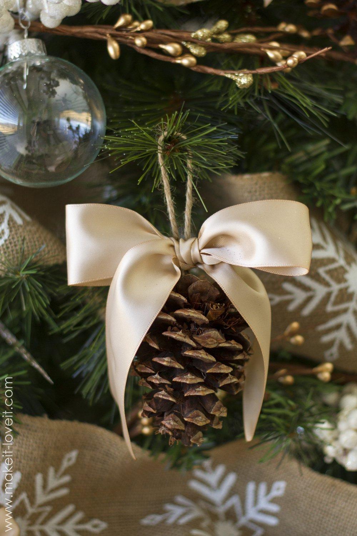Pine Cone Bow Ornament - livingmividaloca.com