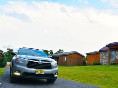 Car parked outside of cabin - LivingMiVidaLoca.com