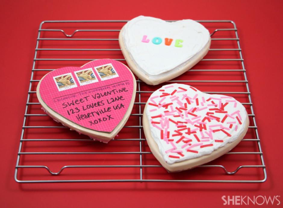 Valentine's Day cookie postcard - LivingMiVidaLoca.com