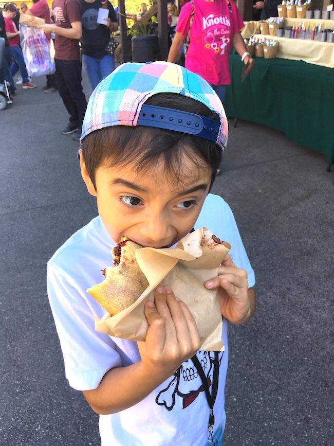 fry bread at Knott's Berry Farm's Boysenberry Festival - LIvingMiVidaLoca.com