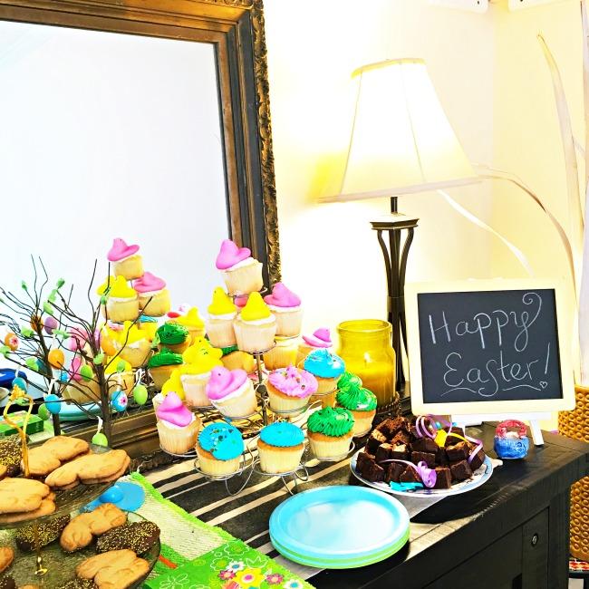 Peeps cupcakes - LivingMiVidaLoca.com