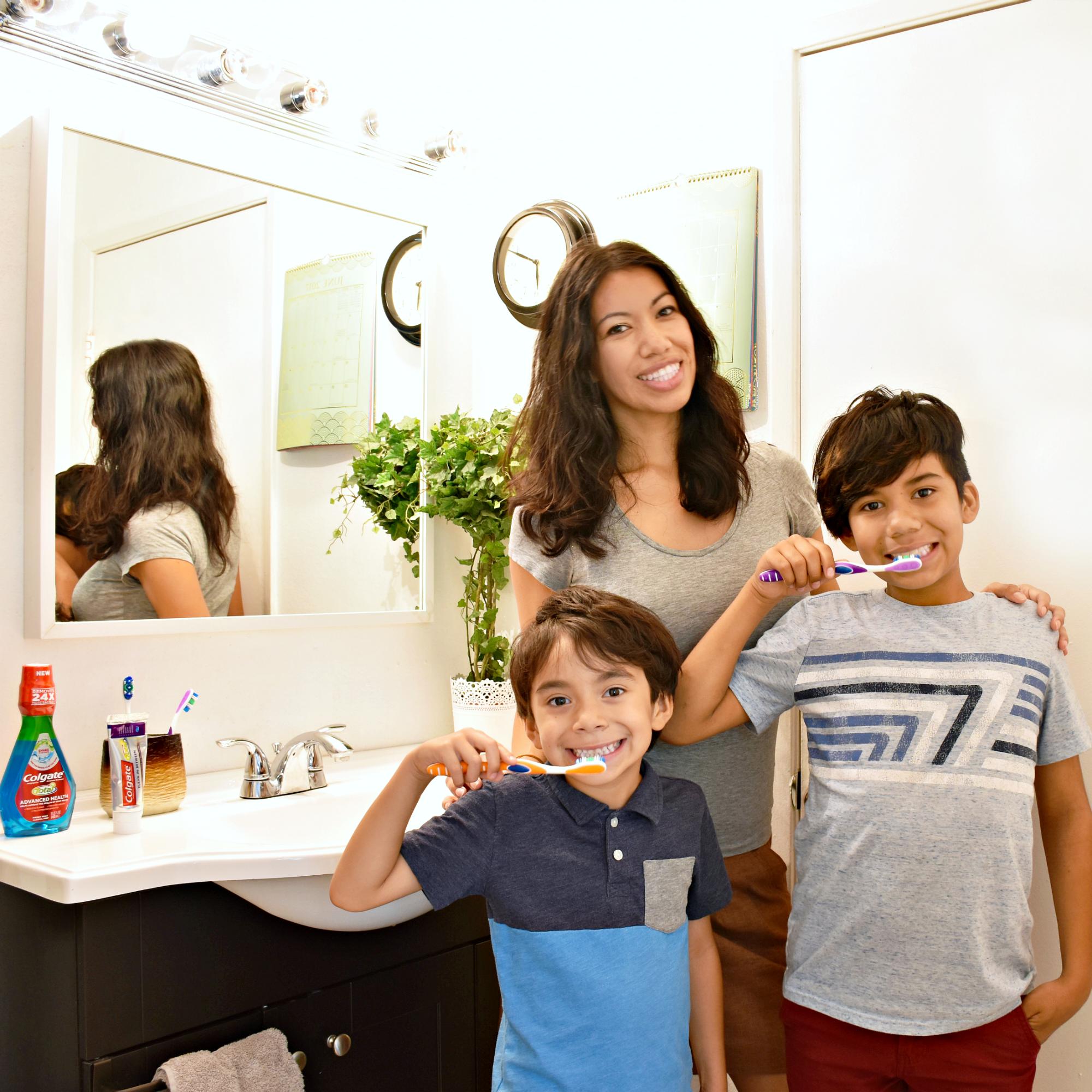 Pattie Cordova and chiclets celebrating Colgate's Oral Health Month - LivingMiVidaLoca.com