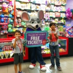 Free tickets at Chuck E. Cheese's - LivingMiVidaLoca.com