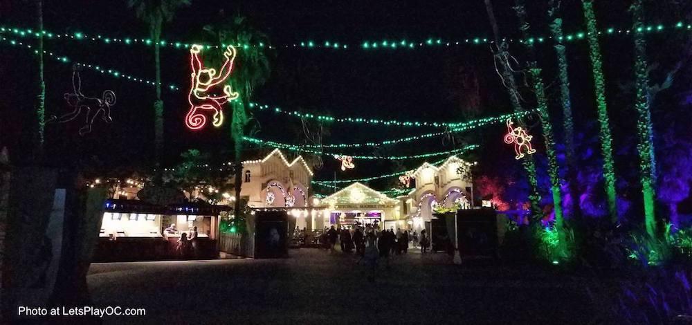 Free kid's admission to L.A. Zoo Lights event - LivingMiVidaLoca.com