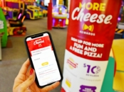 How to download Chuck E Cheese rewards program app on phone - livingmividaloca.com