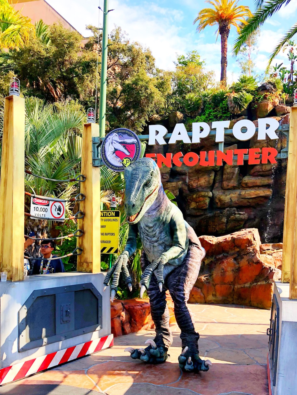 Raptor encounter location at universal studios - livingmividaloca.com