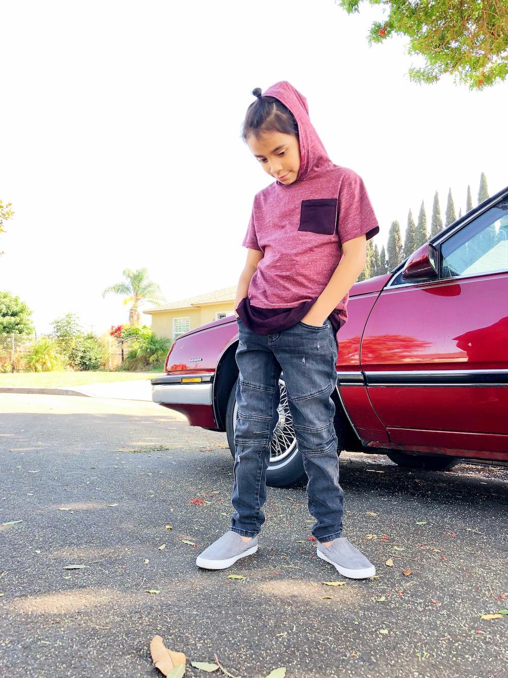latino boy at Macy's at MainPlace Mall in Santa Ana | livingmividaloca.com | #livingmividaloca #shopmainplace #santaana #mainplacemall #macys #kidstyle #sportystyle