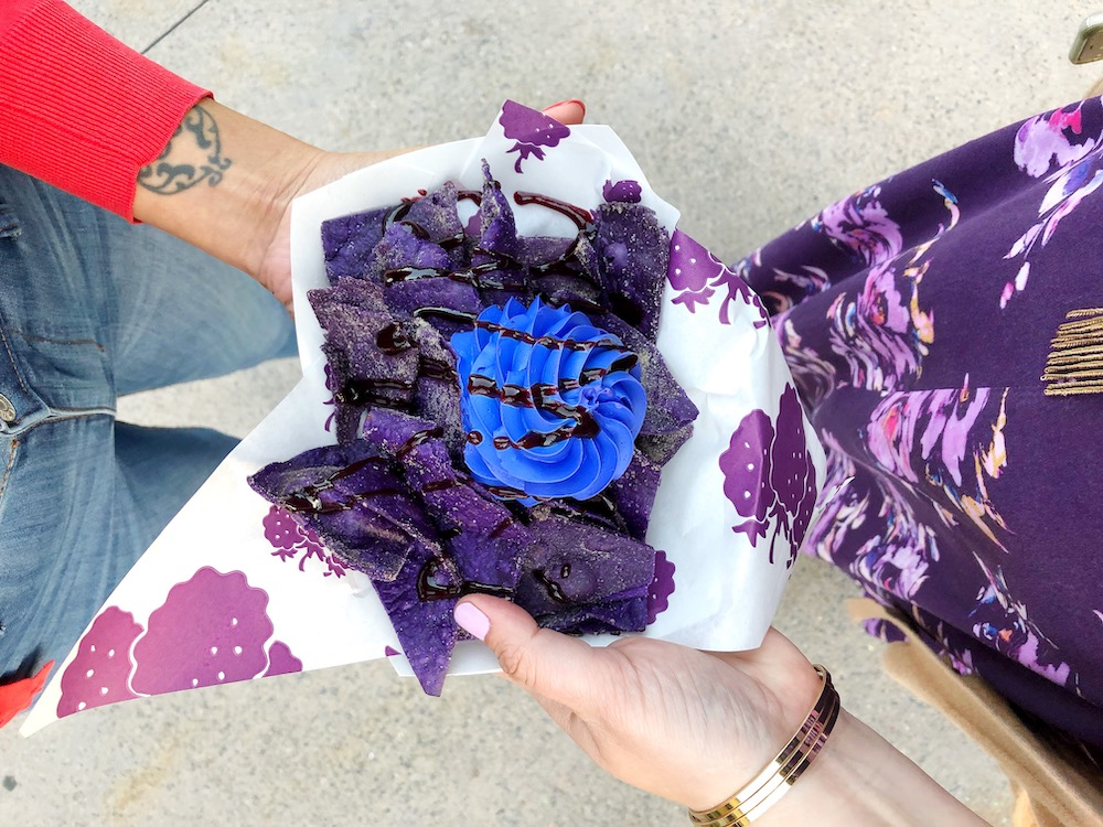 Knott's Boysenberry Festival food items at Knott's Berry Farm - livingmividaloca.com - #KnottsBerryFarm #BoysenberryFestival #BuenaPark