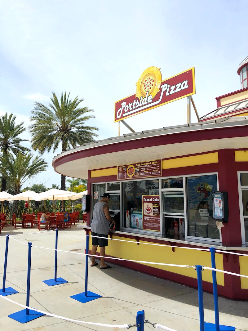 Portside Pizza at Knott's Soak City in Buena Park, CA. Great for pizza and funnel cakes! - livingmividaloca.com - #LivingMiVidaLoca #KnottsSoakCity #KnottsBerryFarm #BuenaPark